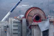 Σκουριές: Ο ημιαυτογενής μύλος λειοτρίβησης (Sag Mill), εγκατεστημένος στο Εργοστάσιο Εμπλουτισμού